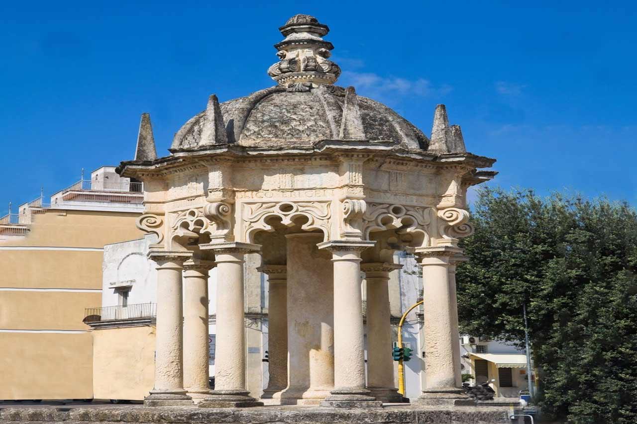 Nardò, monumento Osanna